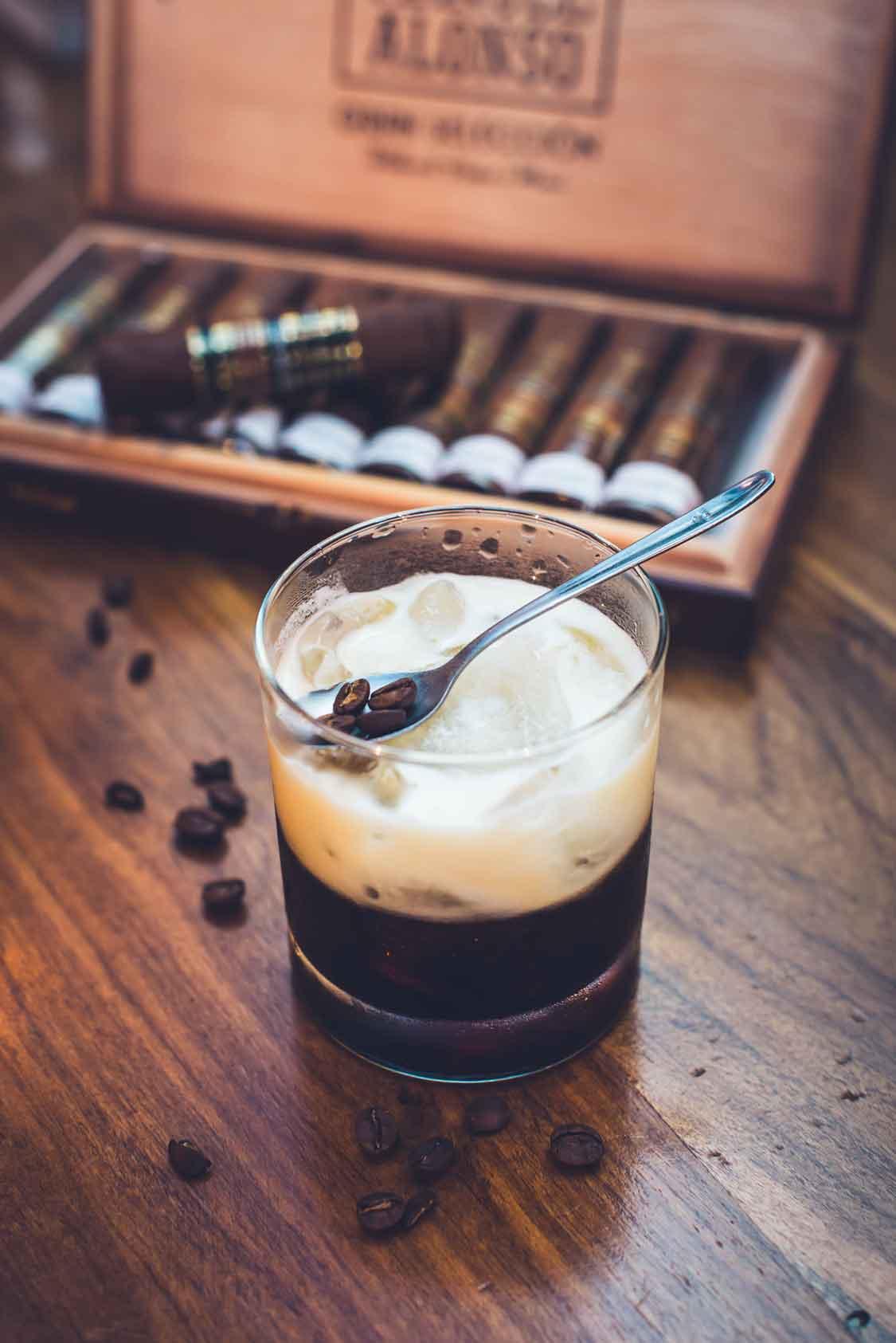 lara-tabaqueria-camaron-bombay-puentecad-fotografia